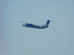 zyakuspさんが、成田国際空港で撮影したオーロラ DHC-8-402Q Dash 8の航空フォト(写真)