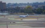 KAZKAZさんが、サンフランシスコ国際空港で撮影したネットジェット・インターナショナル Falcon 2000の航空フォト(写真)