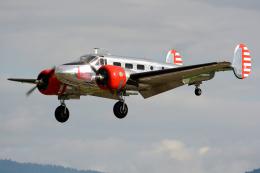 Tomo-Papaさんが、ミリテール・ド・ペイエルヌ飛行場で撮影したアメリカ企業所有の航空フォト(写真)