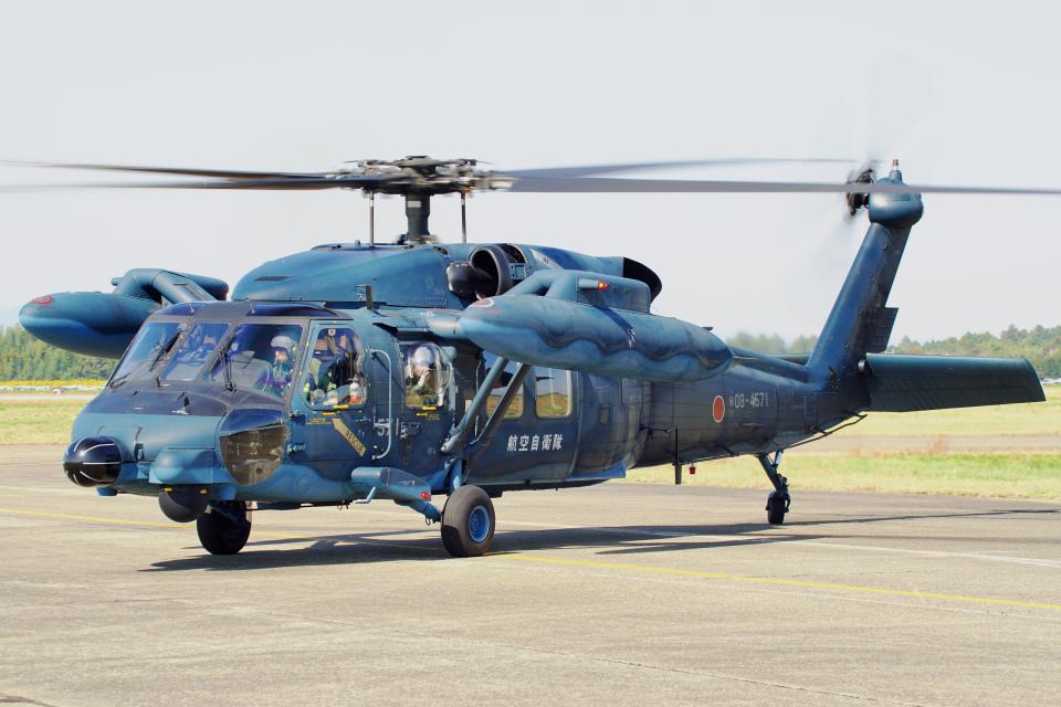 ちゃぽんさんの航空自衛隊 Mitsubishi UH-60J (08-4571) 航空フォト