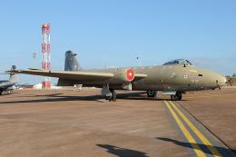 Tomo-Papaさんが、フェアフォード空軍基地で撮影したイギリス企業所有 Canberra PR.9の航空フォト(飛行機 写真・画像)