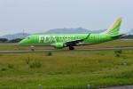 turenoアカクロさんが、高知空港で撮影したフジドリームエアラインズ ERJ-170-200 (ERJ-175STD)の航空フォト(写真)
