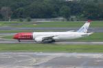 かずまっくすさんが、シンガポール・チャンギ国際空港で撮影したノルウェー・エアUK 787-9の航空フォト(写真)