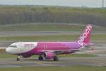 とりてつさんが、新千歳空港で撮影したピーチ A320-214の航空フォト(写真)