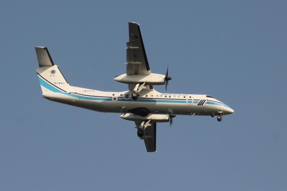 空の旅人さんの海上保安庁 Bombardier DHC-8-300 (JA722A) 航空フォト