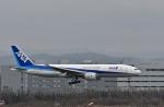 Dojalanaさんが、新千歳空港で撮影した全日空 777-281の航空フォト(飛行機 写真・画像)
