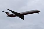 こじゆきさんが、台北松山空港で撮影した遠東航空 MD-83 (DC-9-83)の航空フォト(写真)