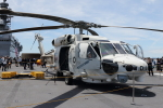 徳兵衛さんが、大阪港で撮影した海上自衛隊 SH-60Kの航空フォト(写真)