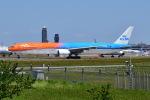 Timothy✈︎NRTさんが、成田国際空港で撮影したKLMオランダ航空 777-306/ERの航空フォト(写真)