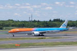 かずまっくすさんが、成田国際空港で撮影したKLMオランダ航空 777-306/ERの航空フォト(写真)