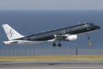 プルシアンブルーさんが、羽田空港で撮影したスターフライヤー A320-214の航空フォト(写真)