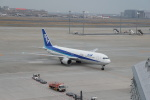 funi9280さんが、羽田空港で撮影した全日空 767-381/ERの航空フォト(写真)