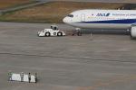 GNPさんが、富山空港で撮影した全日空 767-381の航空フォト(写真)