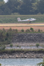 GNPさんが、富山空港で撮影した日本航空学園 Taifun 17E IIの航空フォト(写真)