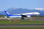 hidetsuguさんが、新千歳空港で撮影した全日空 777-281/ERの航空フォト(写真)