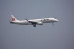 けいとパパさんが、羽田空港で撮影したジェイ・エア ERJ-190-100(ERJ-190STD)の航空フォト(写真)