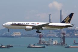 sky-spotterさんが、香港国際空港で撮影したシンガポール航空 777-212/ERの航空フォト(飛行機 写真・画像)