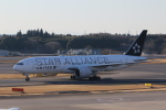 MA~RUさんが、成田国際空港で撮影したユナイテッド航空 777-224/ERの航空フォト(写真)