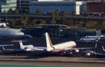 KAZKAZさんが、ロサンゼルス国際空港で撮影したユカピア 757-2J4の航空フォト(写真)