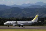 AkiChup0nさんが、静岡空港で撮影したフジドリームエアラインズ ERJ-170-200 (ERJ-175STD)の航空フォト(写真)