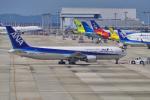 yabyanさんが、関西国際空港で撮影した全日空 767-381/ERの航空フォト(写真)