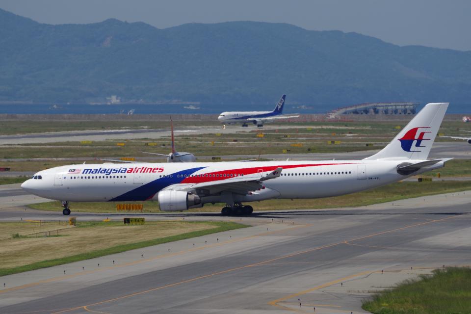 yabyanさんのマレーシア航空 Airbus A330-300 (9M-MTL) 航空フォト