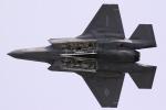 花田花男さんが、岩国空港で撮影したアメリカ海兵隊 F-35B Lightning IIの航空フォト(写真)