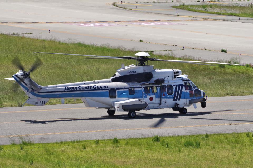 yabyanさんの海上保安庁 Eurocopter EC225 Super Puma (JA688A) 航空フォト