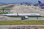 yabyanさんが、関西国際空港で撮影したエバー航空 A321-211の航空フォト(飛行機 写真・画像)