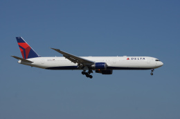 神宮寺ももさんが、成田国際空港で撮影したデルタ航空 767-432/ERの航空フォト(飛行機 写真・画像)