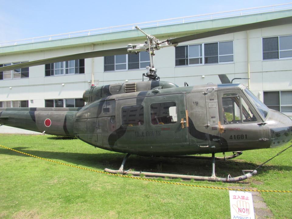 ランチパッドさんの陸上自衛隊 Fuji UH-1H (41681) 航空フォト
