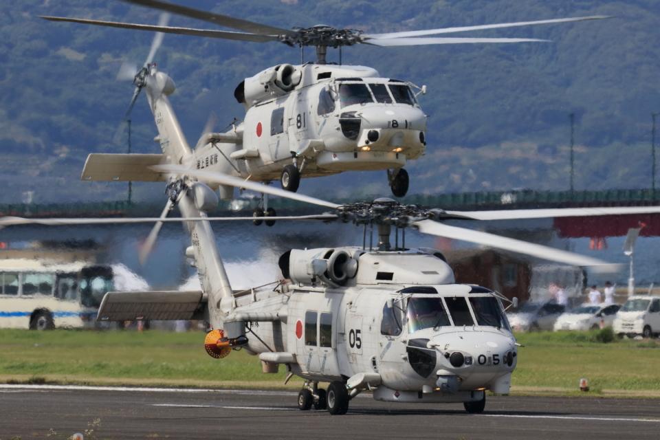 EXIA01さんの海上自衛隊 Mitsubishi SH-60K (8405) 航空フォト