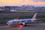 Rundy's Airgraphyさんが、羽田空港で撮影した日本航空 777-289の航空フォト(写真)