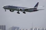 planetさんが、香港国際空港で撮影したアメリカン航空 777-323/ERの航空フォト(写真)