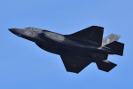 はるかのパパさんが、岩国空港で撮影したアメリカ海兵隊 F-35B Lightning IIの航空フォト(写真)
