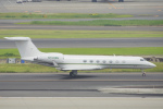 ちゃぽんさんが、羽田空港で撮影したウィルミントン・トラスト・カンパニー C-37B Gulfstream G550 (G-V-SP)の航空フォト(飛行機 写真・画像)