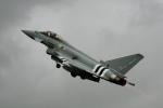 ちゃぽんさんが、フェアフォード空軍基地で撮影したイギリス空軍 EF-2000 Typhoon FGR4の航空フォト(飛行機 写真・画像)