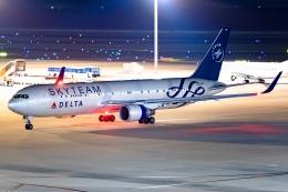 Ariesさんが、中部国際空港で撮影したデルタ航空 767-332/ERの航空フォト(写真)
