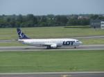aquaさんが、ワルシャワ・フレデリック・ショパン空港で撮影したLOTポーランド航空 737-45Dの航空フォト(写真)