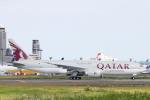 小牛田薫さんが、成田国際空港で撮影したカタール航空カーゴ 777-FDZの航空フォト(写真)