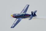 ちゃぽんさんが、海浜幕張公園で撮影したRed Bull EA-330LXの航空フォト(飛行機 写真・画像)