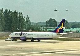 jjieさんが、済南遥墻国際空港で撮影したウルムチエア 737-84Pの航空フォト(飛行機 写真・画像)