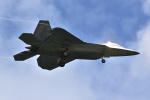 kon chanさんが、嘉手納飛行場で撮影したアメリカ空軍 F-22A-30-LM Raptorの航空フォト(写真)