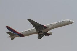 BTYUTAさんが、インディラ・ガンディー国際空港で撮影したネパール航空 757-2F8Cの航空フォト(飛行機 写真・画像)