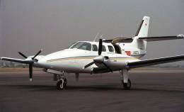 ハミングバードさんが、名古屋飛行場で撮影した読売新聞 T303 Crusaderの航空フォト(飛行機 写真・画像)