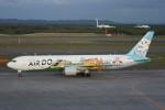 しんさんが、新千歳空港で撮影したAIR DO 767-381の航空フォト(写真)