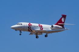 LAX Spotterさんが、ロサンゼルス国際空港で撮影した米国民間企業 Falcon 2000EXの航空フォト(写真)