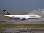 倉島さんが、関西国際空港で撮影したルフトハンザドイツ航空 747-430の航空フォト(写真)