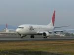 うすさんが、伊丹空港で撮影したJALエクスプレス 737-846の航空フォト(写真)