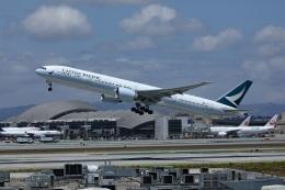 garrettさんが、ロサンゼルス国際空港で撮影したキャセイパシフィック航空 777-367/ERの航空フォト(飛行機 写真・画像)